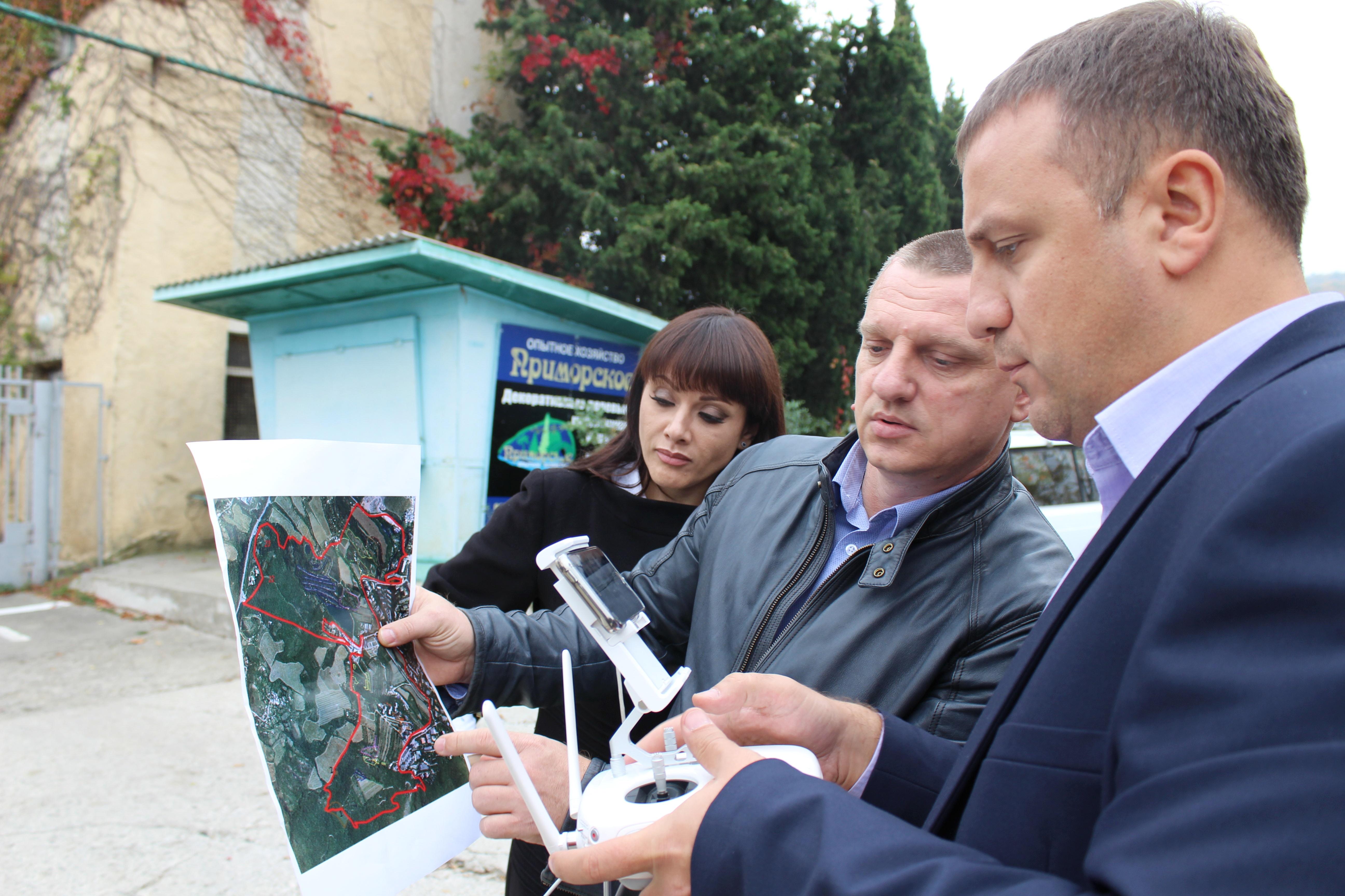 В Госкомрегистре готовят «дорожную карту» для решения проблемных вопросов с использованием под огородничество земельных участков госпредприятия «Приморское» Никитского ботанического сада
