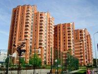 Размещение нескольких многоквартирных домов на одном участке не препятствует их кадастровому учету и госрегистрации — Александр Спиридонов